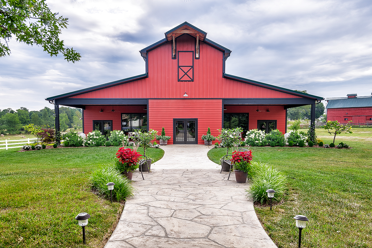 Whispering Oaks Farm Wedding and Event Venue Gray Tennessee
